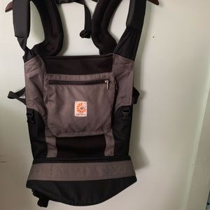 Ergobaby cool air mesh performance carrier